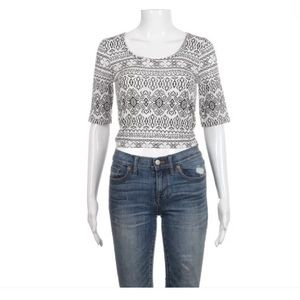American Rag crop top tribal print black white S